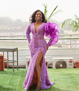 #lace gowns for ladies 2021