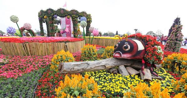 《台中.后里》花田綠廊(后里環保公園)-2016台中國際花毯節,木馬狂想曲