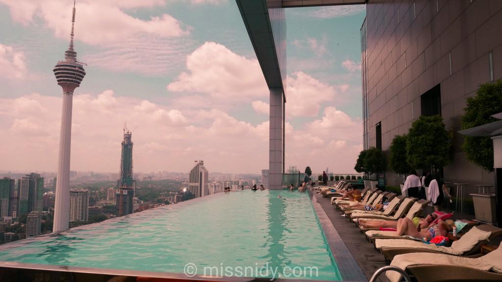 airbnb kuala lumpur infinity pool