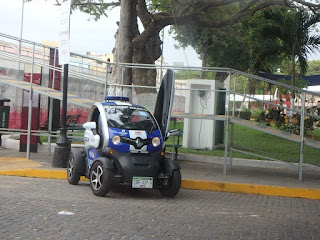 Mérida police electrical vehicle.