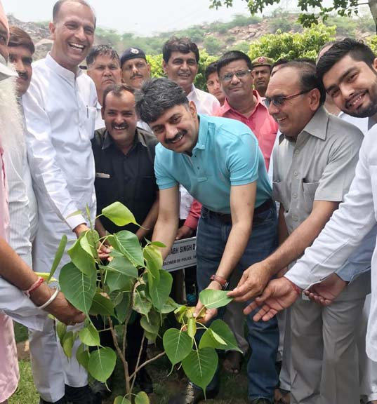 Nagandhar Bhadana and Police Commissioner did plantation near Gothda Mohabbatabad Zurna temple