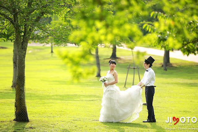奈良公園でドレスで前撮り撮影
