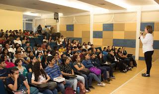 Dan Pláticas Motivacionales A Estudiantes De La Uat La