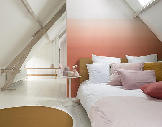 quarto de casal, acasaehsua, a casa eh sua, cores 2017, parede colorida
