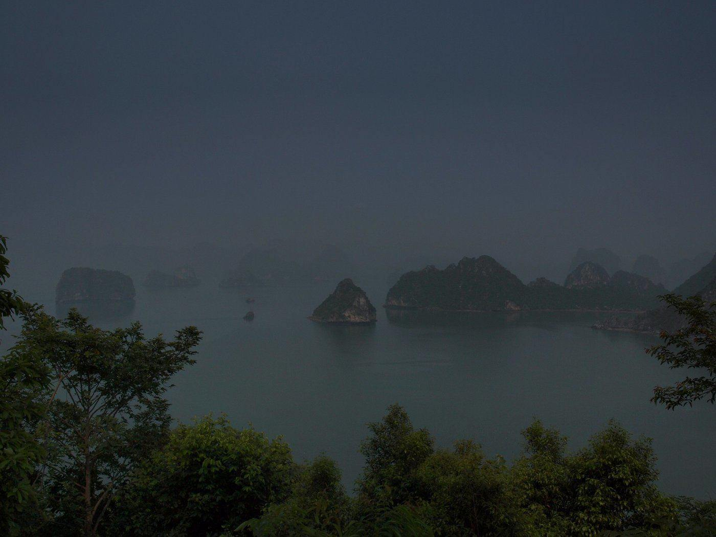 ha long bay at night - how to see ha long bay, vietnam