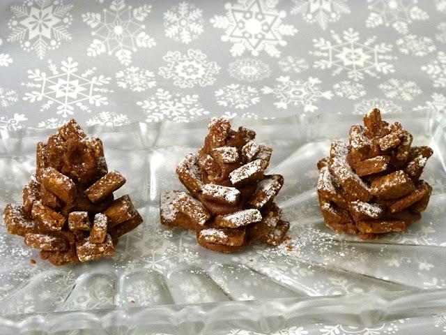 Tannenzapfen Plätzchen für Weihnachten backen