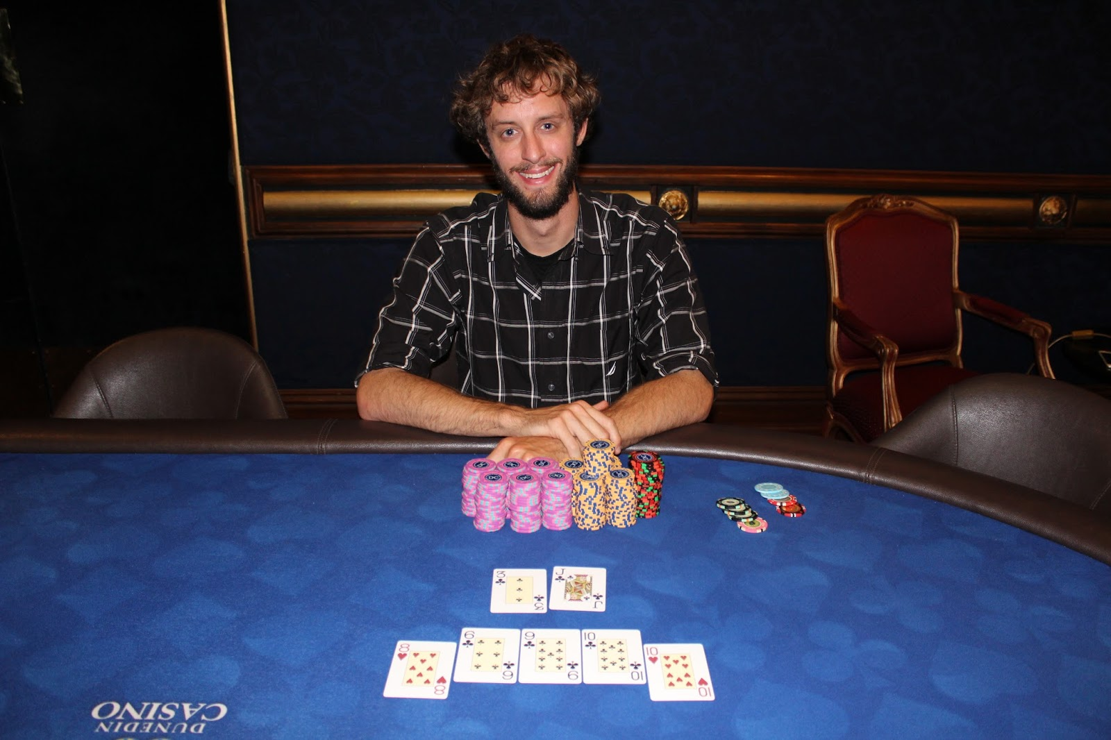 Texas Hold'em Poker Tournament Winner