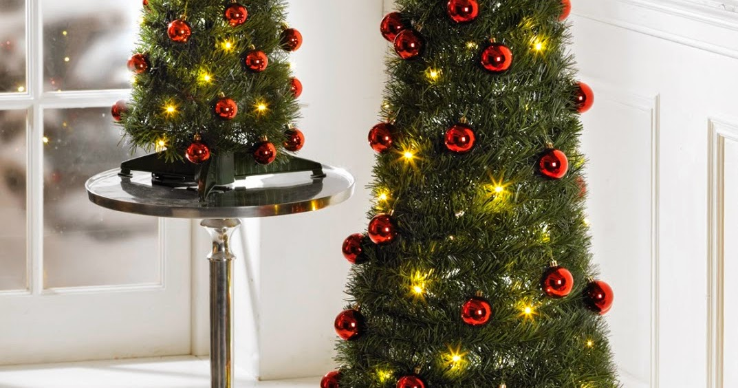 Studio Blog: Pre-Lit Pop Up Christmas Trees From Only £9.99