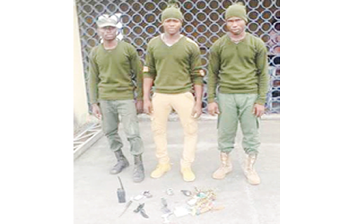 Imo Police Arrests Three Suspected Kidnappers In Military Uniforms With Charms