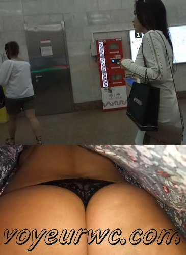 Upskirts N 2958-2967 (Real upskirt videos in the subway with hot girls)