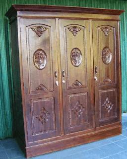 Desain lemari kayu minimalis