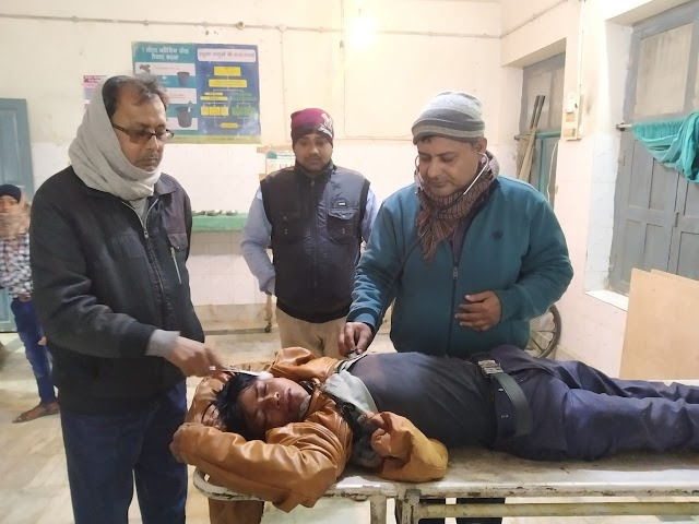 इटहर से समदा जा रहे युवक मलहामोर के समीप दुर्घटना में जख्मी