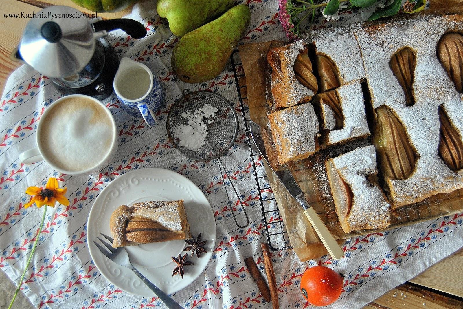 546. Ciasto z gruszkami, masłem orzechowymi i korzennymi przyprawami