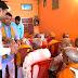 भाजपा नेता हिमांशु प्रताप सिंह'मंटू'ने वृद्धाश्रम गड़वार में वृद्धजनों में फल व मिष्ठान किया वितरित