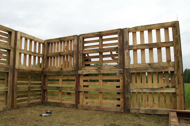 Using this as a guide, we're building a storage shed/future sheep barn out  of wood pallets we've collected over the year. If we can swing it  budget-wise ...