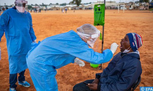 """منظمة الصحة العالمية .. قلة الفحوصات في إفريقيا قد تجعل من كورونا وباء """"صامتا"""""""
