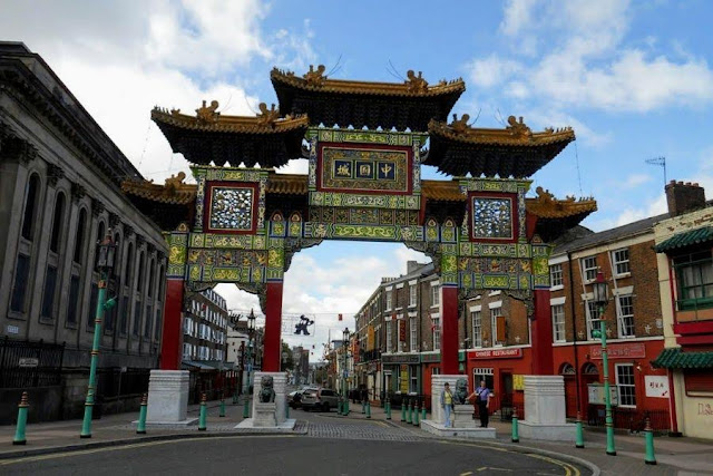 Liverpool in a Day: Chinatown Gate