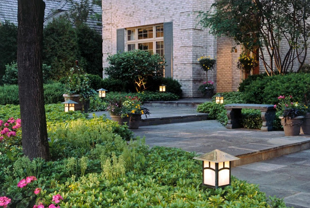 Low-voltage landscape lighting ideas Curb Appeal