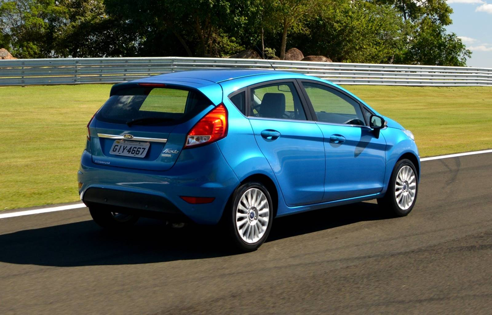 Ford new fiesta ecoboost 2017