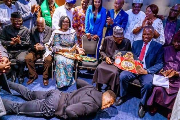 Photos: See how Anthony Joshua presented his heavyweight titles to President Buhari