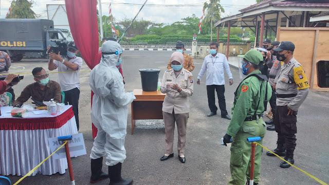 Suhu Tubuh Diatas 37,3 Derajat Akan Didampingi Petugas TPS