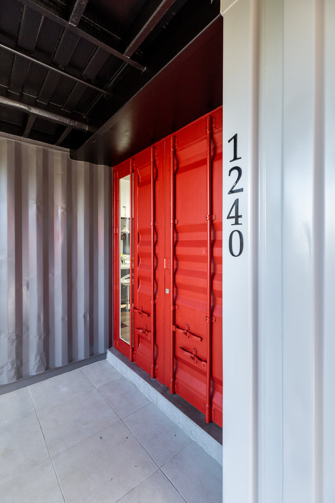 Casa Conteiner RD - 350 sqm Two Story Shipping Container Home, Brazil 25