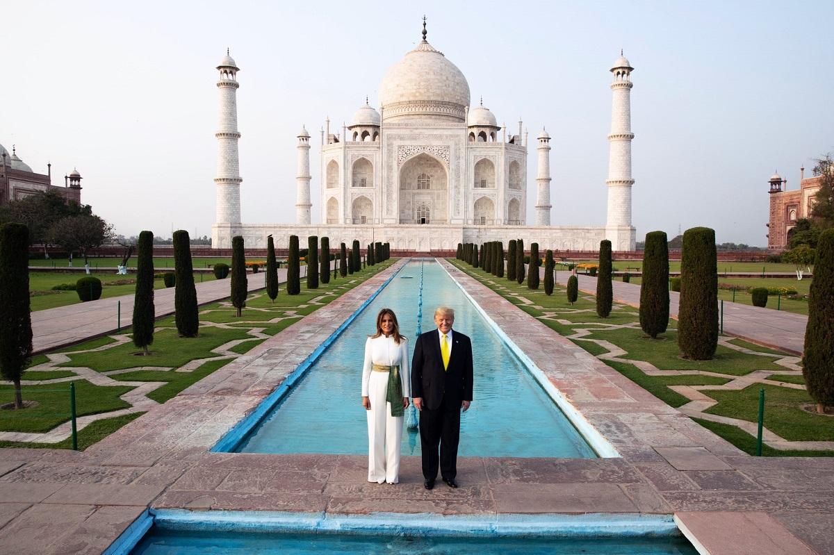 Taj Mahal - Agra, Uttar Pradesh, India
