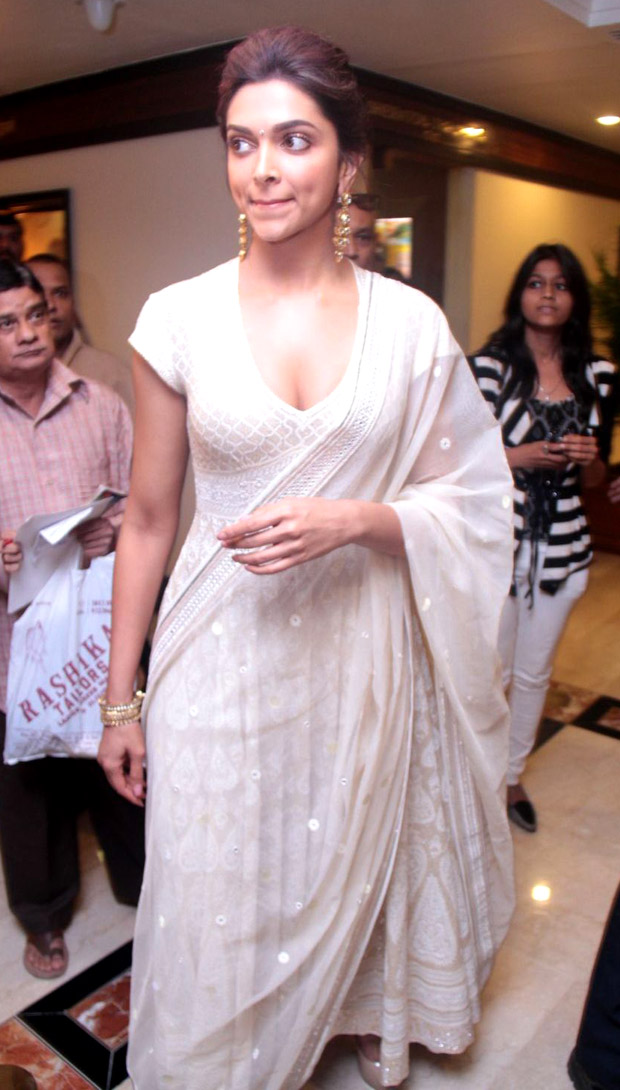 Deepika Padukone White Dress Stills | Box Office News