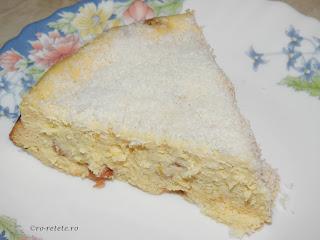 Pasca fara aluat cu branza si stafide reteta de casa pentru Paști cu smantana oua gris zahar lamaie rom vanilie cocos retete mancare placinta desert prajitura dulce de Paște,