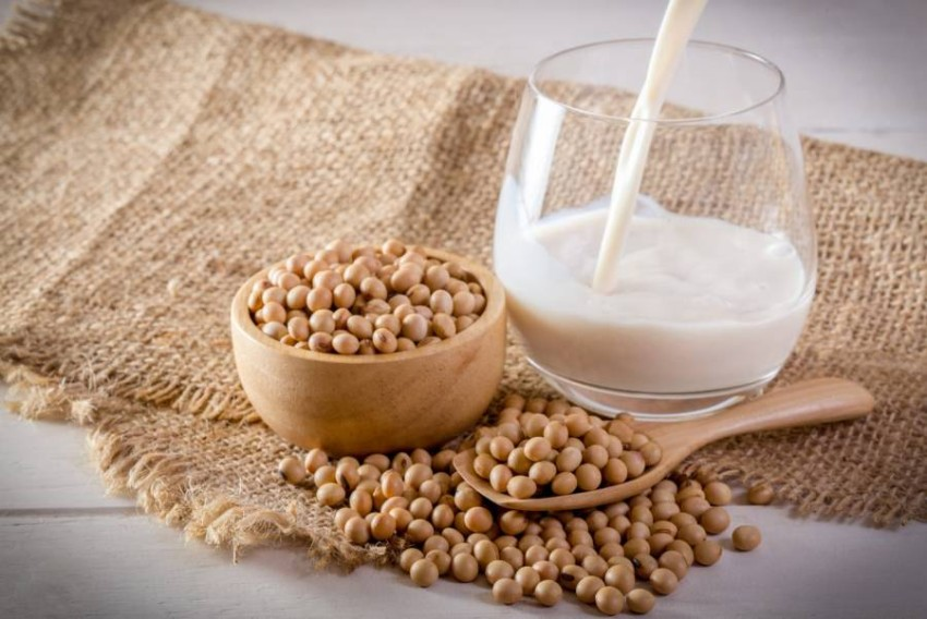The benefits of soy milk .. How do you choose the best for you? Soy milk is one of the most popular plant-based dairy products worldwide, and the market value in 2025 is expected to reach about $ 23.2 billion, which is a significant increase over the market value of $ 15.33 billion in 2018, according to a trend report issued by Statista. German.
