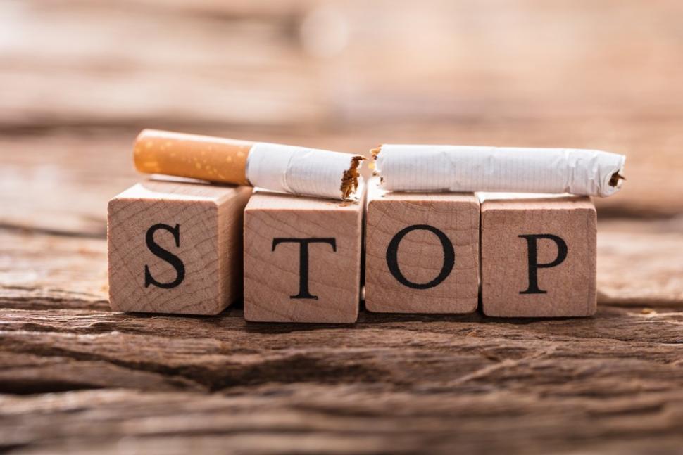 Berhenti merokok penting saat menjaga kesehatan