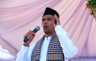 Sedih Melihat Habib Rizieq Shihab Dihina, UAS Menangis Sambil Bilang Begini