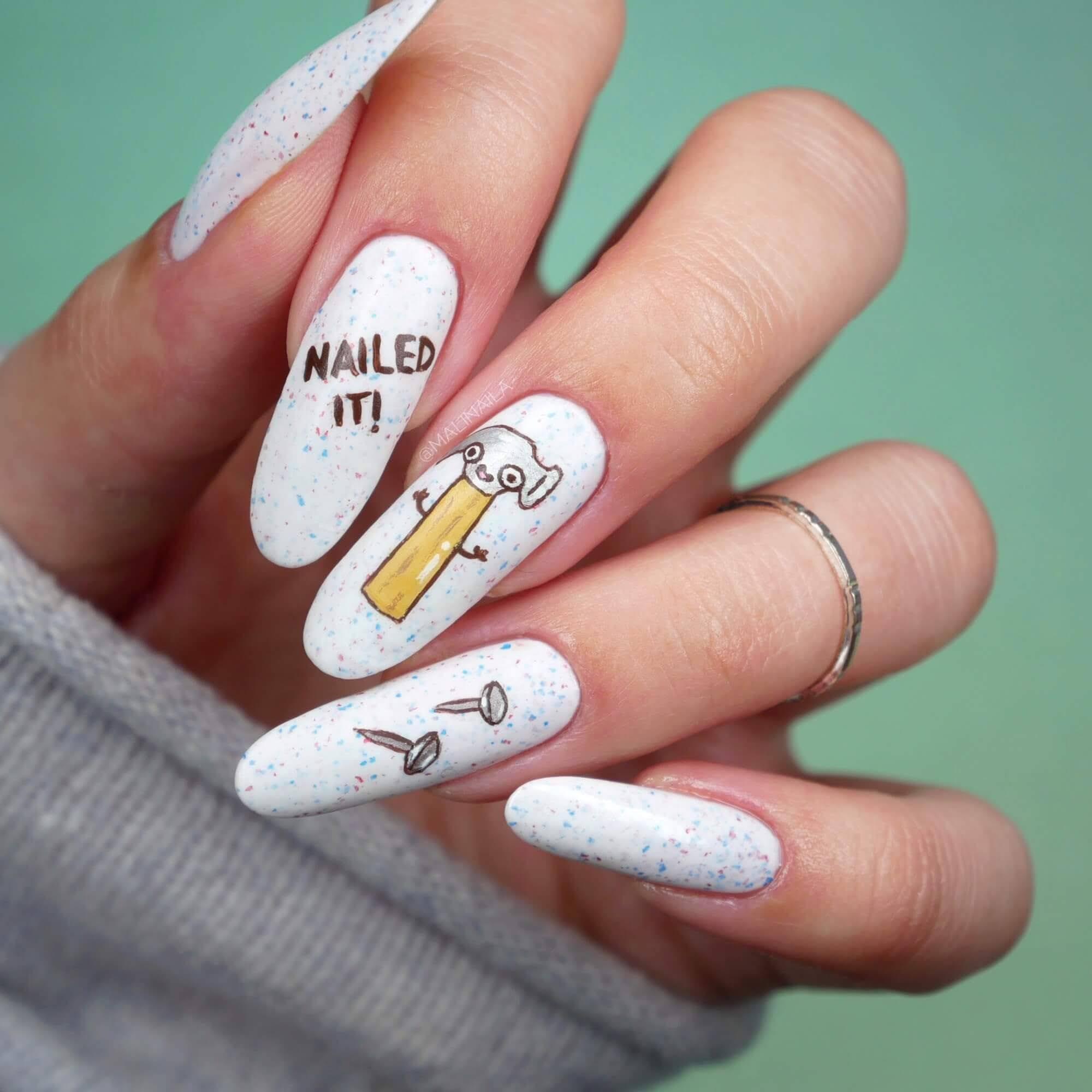 długie paznokcie białe