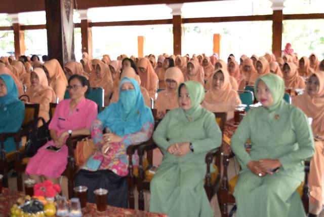 KodimKaranganyar - HUT Dharma Wanita Persatuan ke 20 Pemkab Karanganyar Gelar Syukuran
