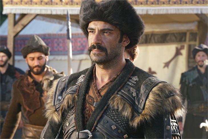 """'Kuruluş Osman'ı Turgut Alp'i Rüzgar Aksoy: """"Kendini adamadan burada olmana imkan yok"""""""