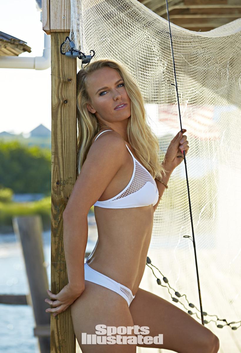 Caroline Wozniacki Sexy Pics