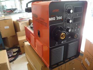 Hình ảnh máy hàn Mig Jasic 200 J03