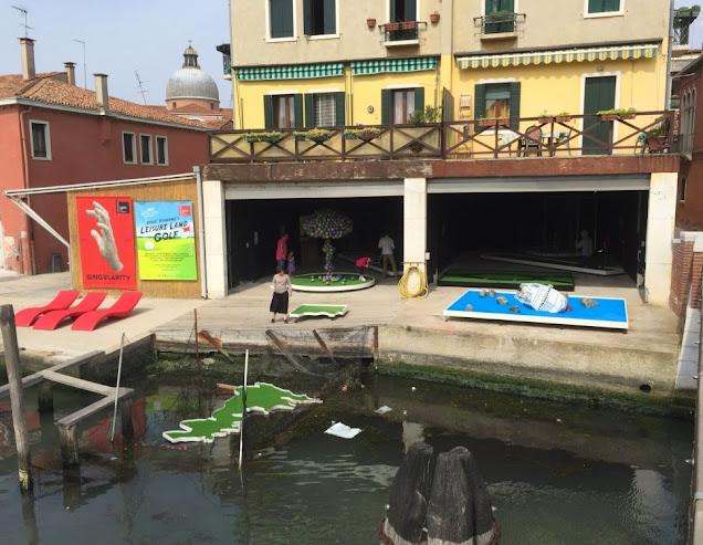 Doug Fishbone's Leisure Land Golf in Venice. Photo by Gareth & Lurlyn Holmes, 2015