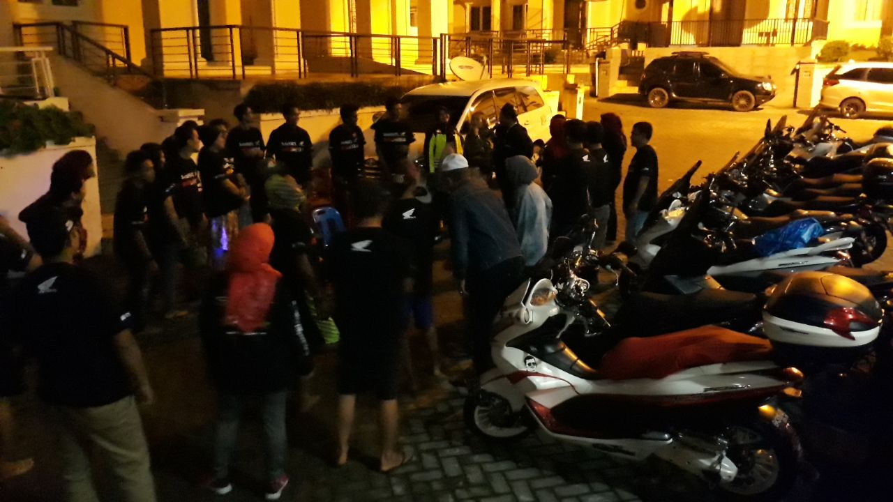 Horas Hondaku December 2017 All New Cb 150r Streetfire Stallion Black Kab Semarang Honda Pcx 150 Yang Baru Diperkenalkan Beberapa Waktu Lalu Mendapat Sambutan Hangat Dari Pecintanya Di Seluruh Penjuru Tanah Air