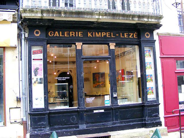 Jewellery shop, Loches, Indre et Loire, France. Photo by Loire Valley Time Travel.