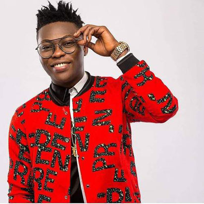 See What Reekado Banks Experienced From SARS Official's Today