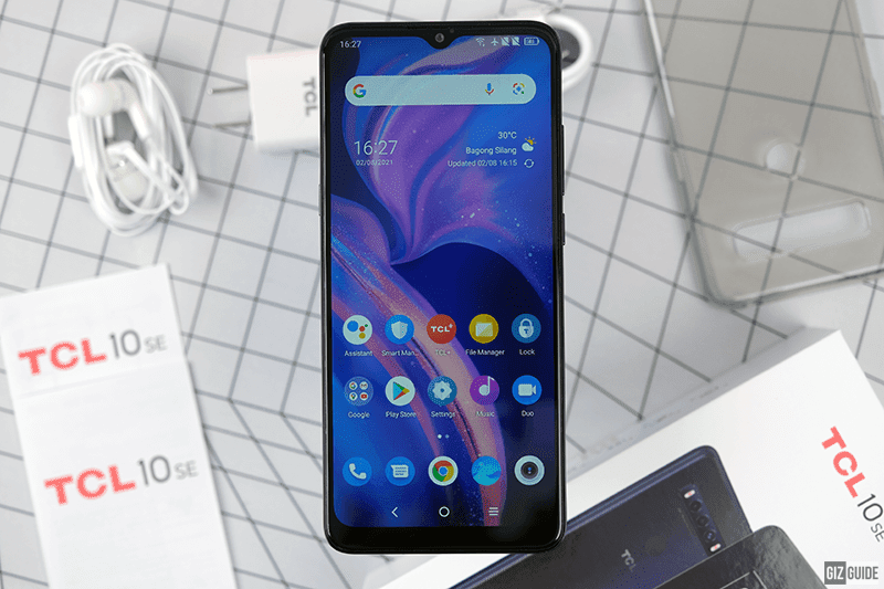 A device with a great style and a nice display