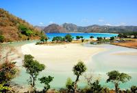 tempat wisata di lombok, obyek wisata di lombok, wisata di lombok, wisata lombok, pantai selong belanak, pantai selong belanak lombok, selong, belanak
