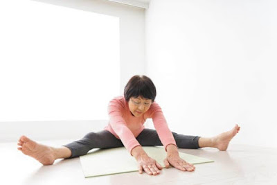 6 Yoga Movements that make the elderly always healthy body and soul