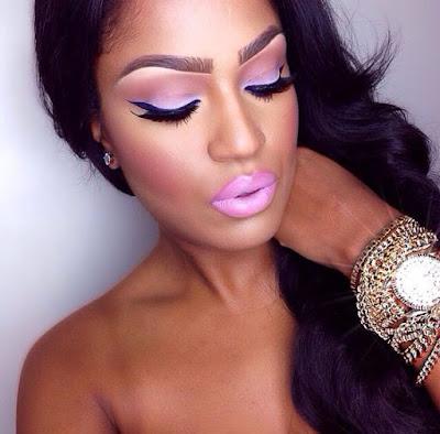 Maquiagem pele parda em tons de rosa