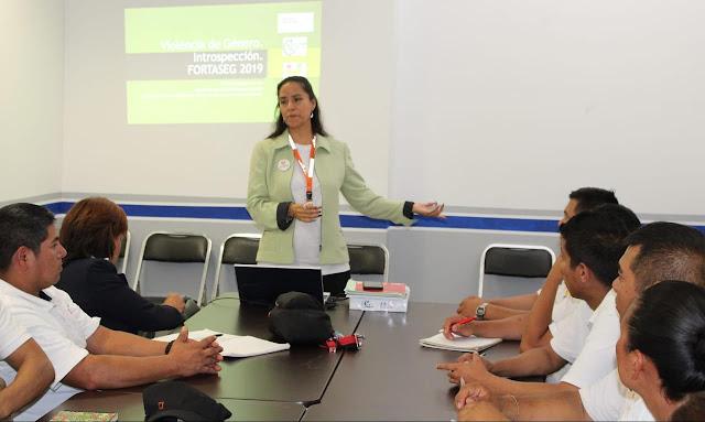 """Se imparte taller a cadetes sobre """"Violencia de género desde una perspectiva introspectiva"""""""