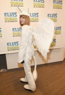 Taylor Swift Megacorn Licorne Halloween 2014