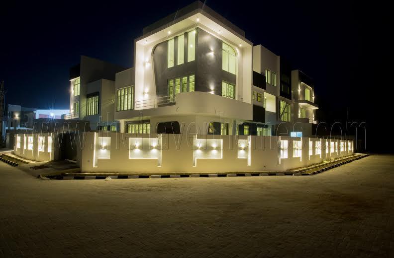See Unique Buildings built Inside estate where 2Face lives