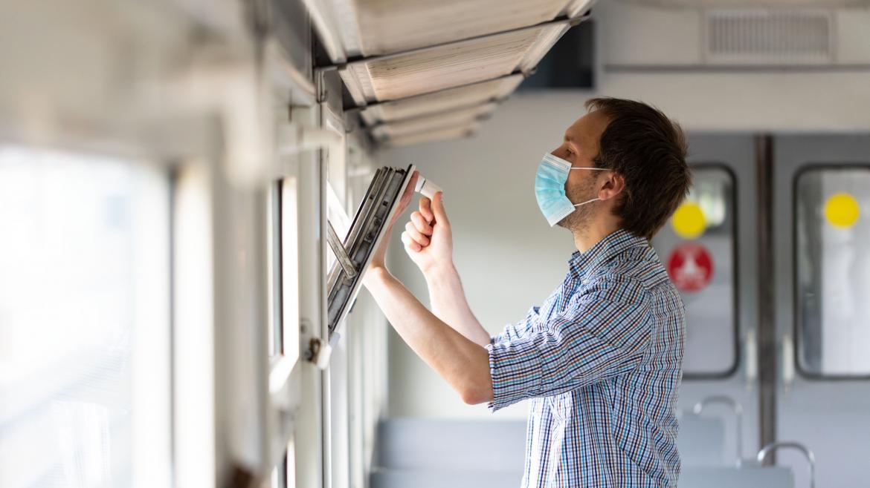 Qué es la ventilación cruzada y por qué es la mejor manera de evitar la transmisión de coronavirus en ambientes cerrados
