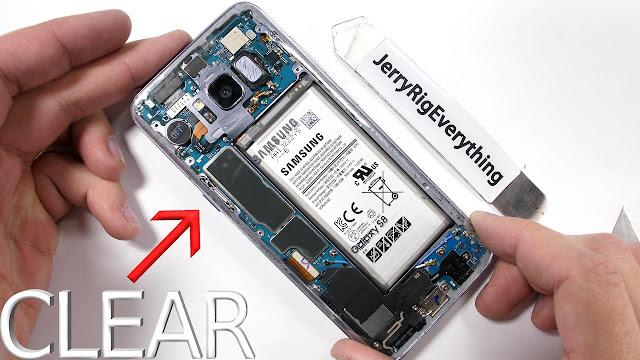 شاهد كيف قام هذا الشخص بتحويل هاتف سامسونج S8 الى هاتف شفاف!